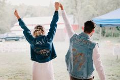 Just married jean jackets | Image by Deidre Lynn Photography