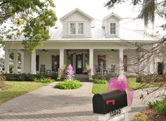 Low country home that was the RESA Christmas Show House 2012.