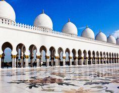 Abu Dhabi - great mosque