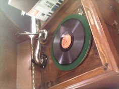 A record player of the 20s, you simply opened the doors to increase the loudness... Please visit my YouTube Channel
