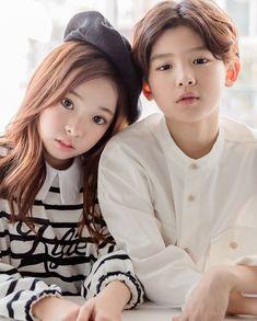 Cute Asian Babies, Korean Babies, Asian Kids, Cute Babies, Cute Baby Couple, Cute Baby Girl Images, Ulzzang Kids, Ulzzang Korea, Twin Baby Boys