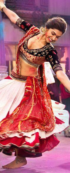 Deepika Padukone wearing Anju Modi in the movie Ram-Leela