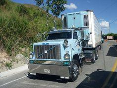 GMC trucks (America) pt. of General Motor.