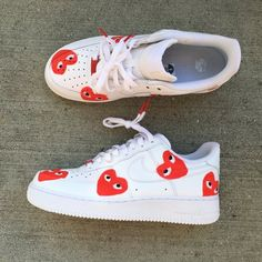 CDG Hearts ❤️ Low Be sure to read my how it works page Painted Sneakers, Painted Shoes, Custom Sneakers, Custom Shoes, Nike Air Force, Cartoon Shoes, Nike Air Shoes, Aesthetic Shoes, Comme Des Garcons