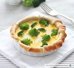 Scoprite la ricetta delle nostre stuzzicante mini quiches di broccoli e Montasio: il modo più saporito per scoprire la linea di formaggi Despar Premium.