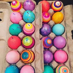 @blockchefbrian is ready for Easter! Look at these gorgeous dyed eggs! Tag yours with #EngageTaste to be featured! . #easter #eggs #eastereggs #dyingeggs #color #easterbunny #foodcraft #forthekids #craft #hideandseek #holiday