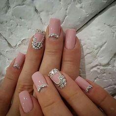 Classic & Delicate French Manicure & other Beautiful Nail Art Designs 2016 2017 Nail Art Designs 2016, Pretty Nail Designs, French Nails, Cute Nails, Pretty Nails, Jolie Nail Art, Nagel Bling, Bridal Nails, Bling Nails