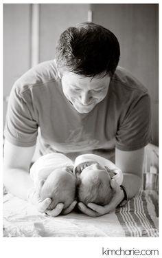 Tips newborn twins birth story evergreen hospital 3 Newborn Twin Photos, Foto Newborn, Newborn Twins, Newborn Pictures, Baby Twins, Newborns, Triplets, Newborn Session, Newborn Twin Photography