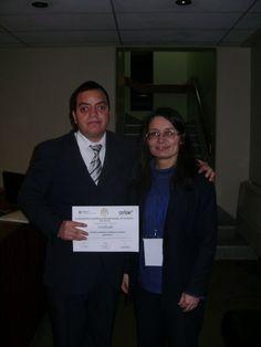 Freddie Armando Romero y Presidenta del Centro de Preparación para la Ciencia y Tecnología, Véronique Collin, en la clausura del Encuentro Científico Internacional de Invierno realizado el día viernes 6 de agosto del 2010 en el Centro de Convenciones Internacionales de INICTEL-UNI.
