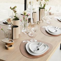 """LIND DNA on Instagram: """"Our Friday night Spring Table is decorated with 'Hippo Nude' 🤍  #tablesettinginspo #springfriday #tableware #tabledecor #tablemats…"""" Dna, Table Settings, Friday, Nude, Table Decorations, Dining, Night, Tableware, Instagram"""