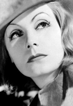 April 15 –d.  Greta Garbo, Swedish actress (b. 1905)