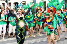 Helsinki Samba Carnaval 2012 | Mustaa Kajalia