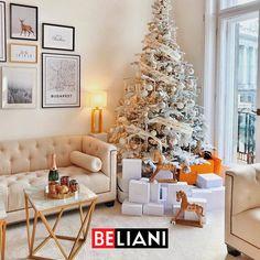 Hozd velünk karácsonyi pompába a nappalidat! #beliani #belianimagyarország #belianimagyarorszag #nappali #inspiráció #inspiracio Christmas Decorations, Christmas Tree, Holiday Decor, Oil Barrel, White Table Lamp, View Photos, Cosy, In This Moment, Modern