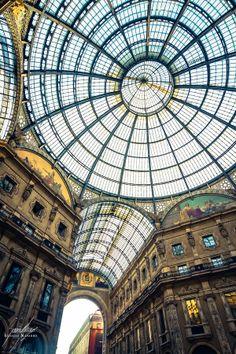 Milan IX. Geometric Glasses by Ignacio  Navarro , via 500px
