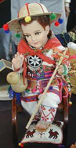 Jesús Niño, vestido según la antigua usanza hispanoamericana.