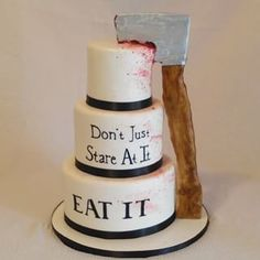 American Psycho | 34 Movie-Inspired Cakes All Film Fans Will Appreciate
