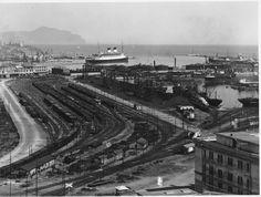 Genova. Il Porto (Photo: Studio Agosto, 1932-1939) #genova #genoa #liguria #portodigenova #portofgenoa