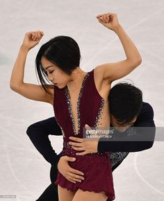 China's Sui Wenjing and China's Han Cong compete in the pair skating. Ice Skating, Figure Skating, 2018 Winter Olympic Games, Pyeongchang 2018 Winter Olympics, Romance, Lost, Hollywood, Pairs