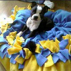 craft+ideas+dogi+toy   Handmade Gift Ideas: No-Sew Pet Bed   Craftster Blog