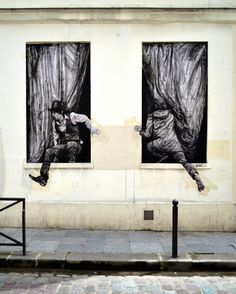 "Artist : Levalet - ""Changes"" - Paris V"