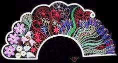 Romanian Lace, Lace Art, Bobbin Lace Patterns, Lacemaking, Lace Jewelry, Weaving Art, Lace Embroidery, Diy Crochet, Fabric Art