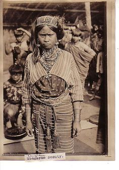 Costume – Baliktanaw – Filipino Past in Pictures Taiwan, Philippines Culture, Manila Philippines, Filipino Fashion, Filipino Tribal, Filipino Culture, Asia, Women In History, Vintage Pictures