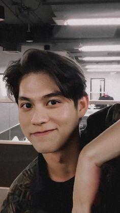 Ideal Boyfriend, Imaginary Boyfriend, Pretty Boys, Cute Boys, Bright Wallpaper, Bright Pictures, Boy Photography Poses, Cute Actors, Thai Drama