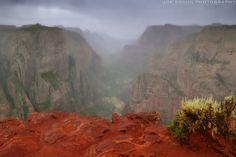 Observation Point Trail (Zion National Park) -- © 2009 Joe Braun Photography