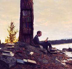 Boy Wonder - Love for books