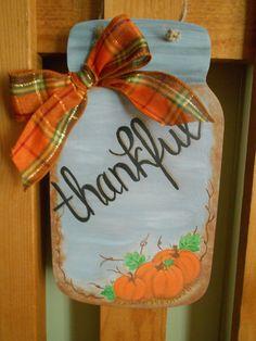 Fall Mason Jars, Mason Jar Crafts, Fall Canvas Painting, Jar Painting, Hand Painted Signs, Painted Wood, Fall Wooden Door Hangers, Fall Crafts, Diy Crafts