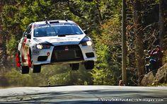 Robevo's Rally monster Mitsubishi Evolution X in action.