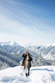 Vince Coat in Aspen, Colorado Colorado Winter, Aspen Colorado, Keystone Colorado, Snow Pictures, Snow Outfit, Winter Travel Outfit, Snow Mountain, Winter Pictures, Winter Wonder