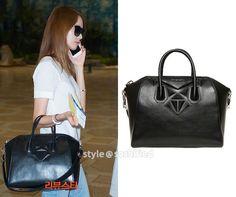 YoonA  Medium Antigona 3D Geo Bag: Givenchy