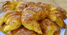club -&nbspextranews Resources and Information. Greek Sweets, Greek Desserts, Greek Recipes, Croissants, Food Network Recipes, Cooking Recipes, The Kitchen Food Network, Pastry Cook, Breakfast Recipes
