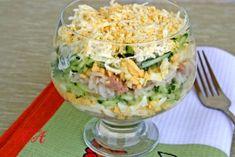 Салат с печенью трески и рисом