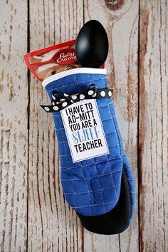 I Have To Ad-Mitt You're a Sweet Teacher - fun teacher appreciation gift! Muffin or cookie mix teacher gift idea.