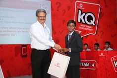 Chief Guest Mr L Ramkumar, Managing Director, Tube Investments of India, gives away prizes to the slogan contest winners