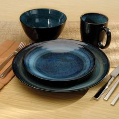 Oneida Adriatic Stoneware Dinnerware Round - Set of 16 (Blue) available for sale at the best price at Kitchen Stuff Plus your Dinnerware Sets store.