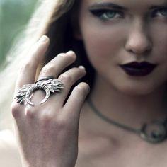 An enchanting adornment. #etsyjewelry