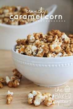 Crunchy caramel corn from The Baker Upstairs. So easy to make and incredibly delicious! www.thebakerupstairs.com