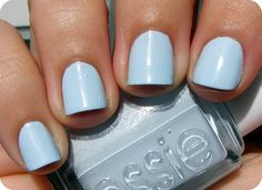 This color looks so good on my toesies!  Essie - Borrowed and Blue #cranberryblue