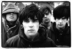 Thank god The Stone Roses are back together!!! Now, if only I can see them play live before they split up again!