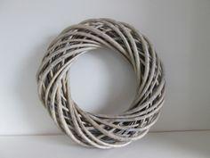 Krans grijs. Wilg, 36 cm www.hkhomecollection.nl