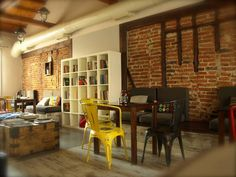 gecko, komotini Smart Casual, Planet Earth, Planets, Greece, Graphics, Drink, Table, Furniture, Home Decor
