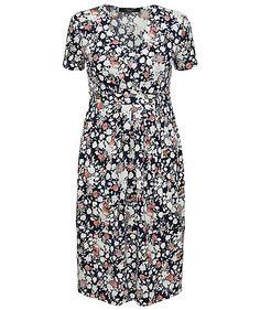 Dress by Max Mara Weekend #dress #max #mara #weekend #engelhorn #flowers http://fashion.engelhorn.de/