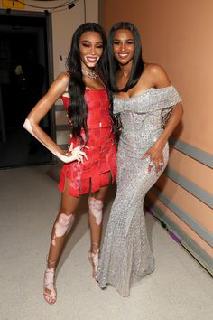 Ciara Photos - Winnie Harlow and Ciara attend Black Girls Rock 2019 Hosted By Niecy Nash at NJPAC on August 2019 in Newark, New Jersey. - Black Girls Rock 2019 Hosted By Niecy Nash - Backstage Ciara Photos, Ciara And Russell Wilson, Winnie Harlow, August 25, Black Girls Rock, Photo L, Backstage, Awards, Model