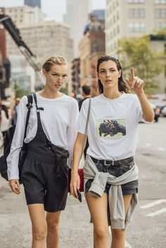 September 9, 2016 Tags Black, White, Glasses, Overalls, Shorts, Women, Grey, Model Off Duty, Models, Graphic Tees, Bags, Backpacks, Belts, T Shirts, Sweatshirts, New York, Shirts, Hair, 2 People, SS17 Women's, Jess PW, Vittoria Ceretti
