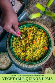 Vegetable Quinoa Upma is a tasty, low carb Indian breakfast recipe! Loaded with veggies, this vegan snack is great for weight loss, easy and very delicious!#quinoa #upma #vegetable #healthy #easy #onepot #lowcarb #proteinrich #breakfast #snack #vegan #glutenfree #lowcalorie #Indian