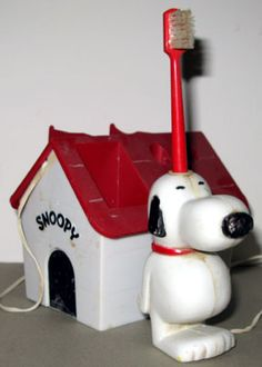 Snoopy electric toothbrush - I had one of these!