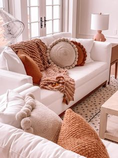 Living Room Tour : Part One – Barefoot Blonde by Amber Fillerup Clark - Decoration For Home Cozy Living Rooms, Home Living Room, Living Room Designs, White Couch Living Room, Blush Living Room, Barn Living, Living Room Inspiration, Home Decor Inspiration, Decor Ideas